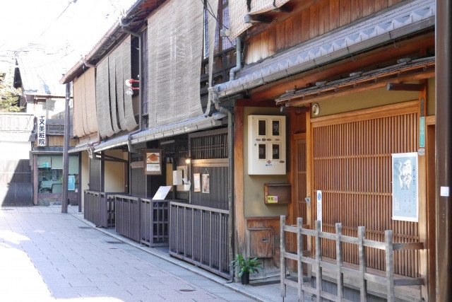 京都で宿泊するなら梅小路公園の近くにある【ホスタ】へ~駅近だからアクセスに便利~